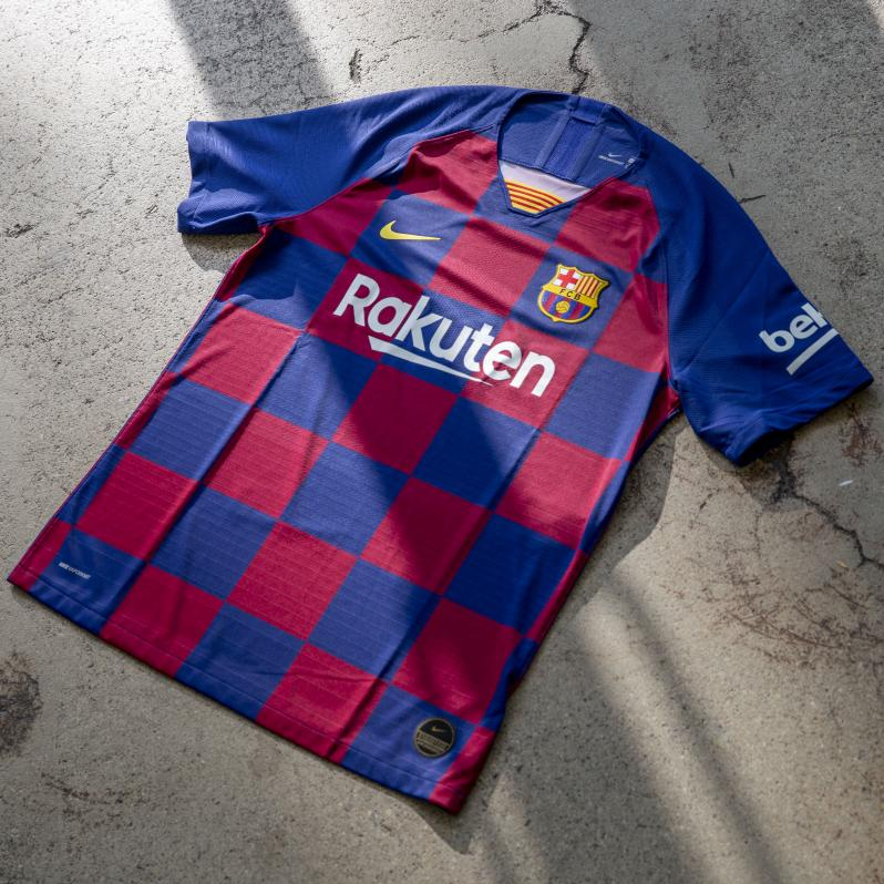 uk availability c63cb dc2e7 The 18 Best Soccer Jerseys Then And Now