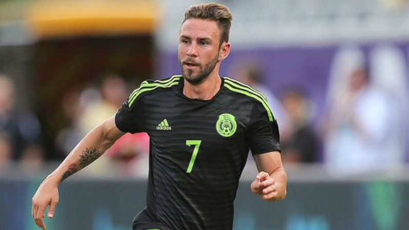 Miguel Layun Should He Play On The Right Or The Left