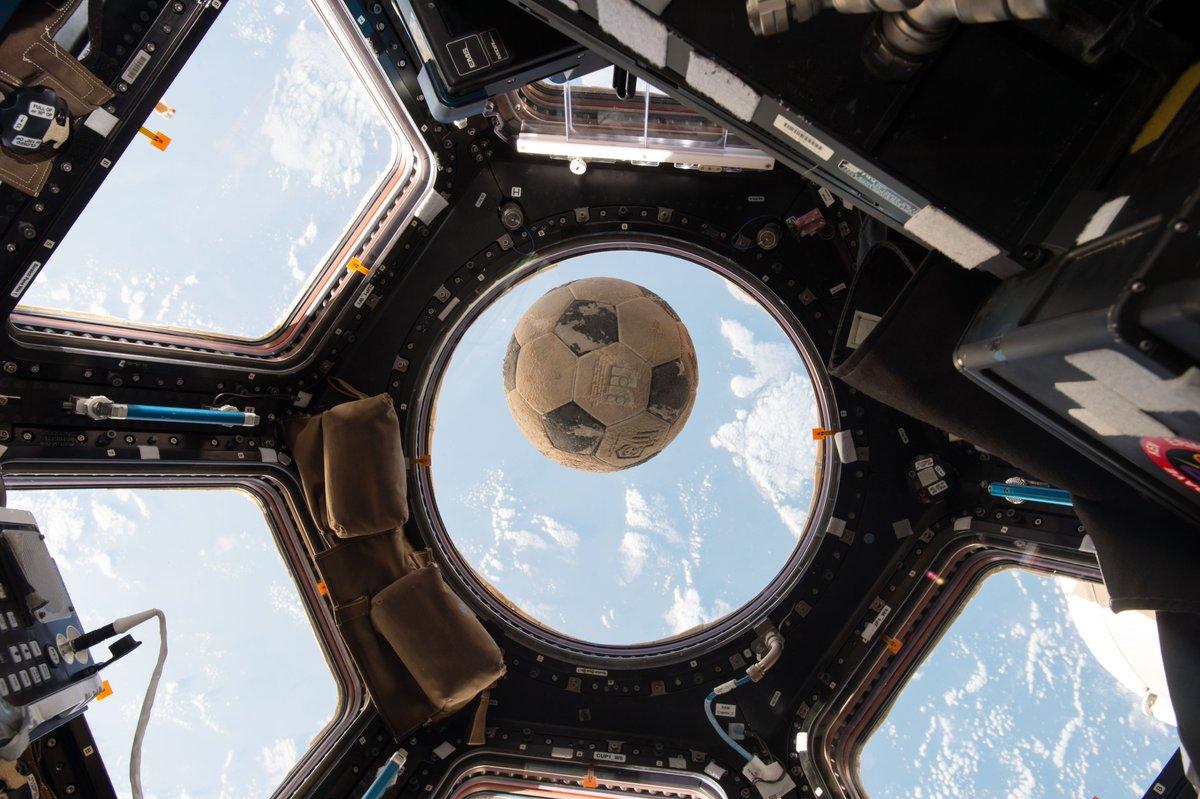 space shuttle challenger soccer ball - photo #2