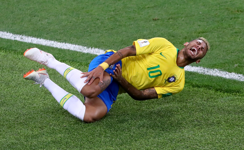 Neymar Rolling