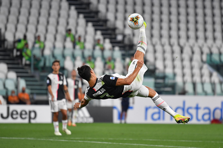 Cristiano Ronaldo Does It All In Juve S 4 0 Win Over Lecce