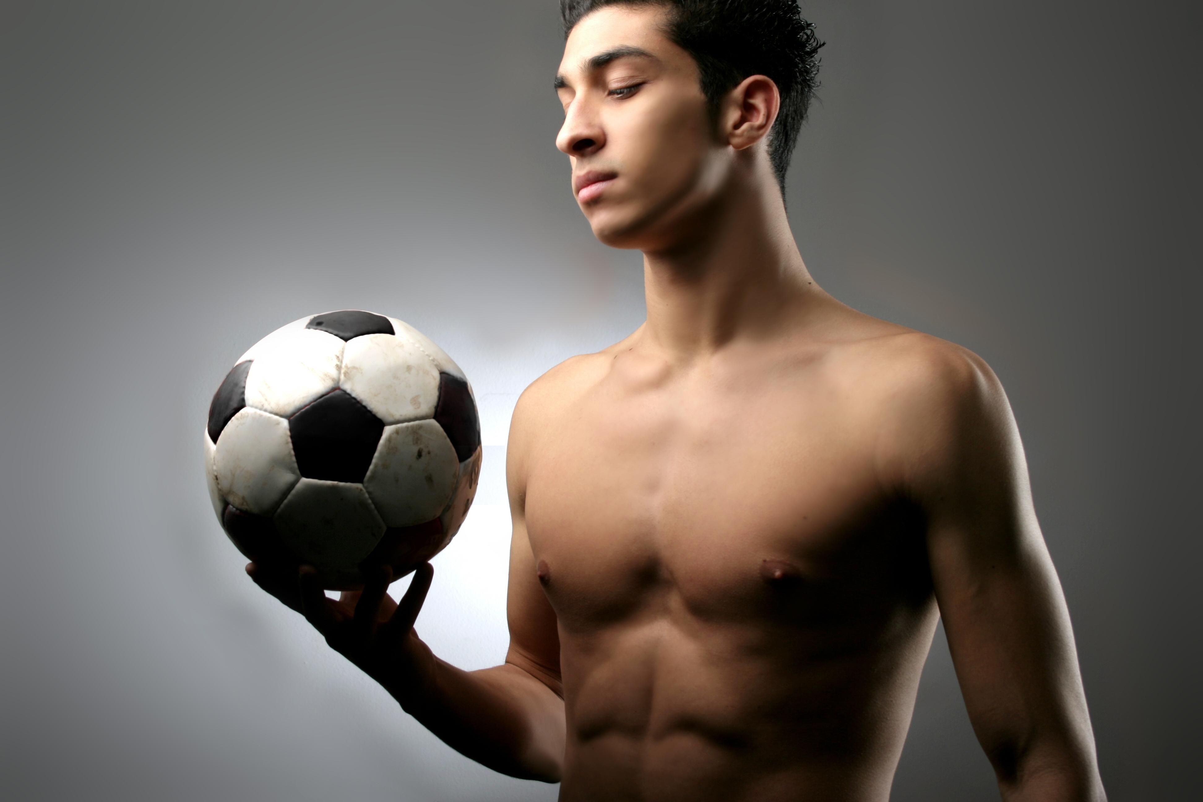 ID: 061210-399 - Naked Soccer - Caribbeancom - 12 Photos
