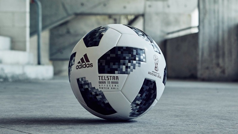 World Cup Gifts: adidas Telstar 18