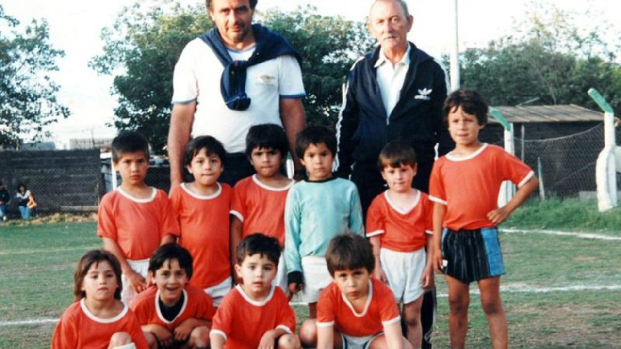 Messi Photos - Messi's first team, Grandoli