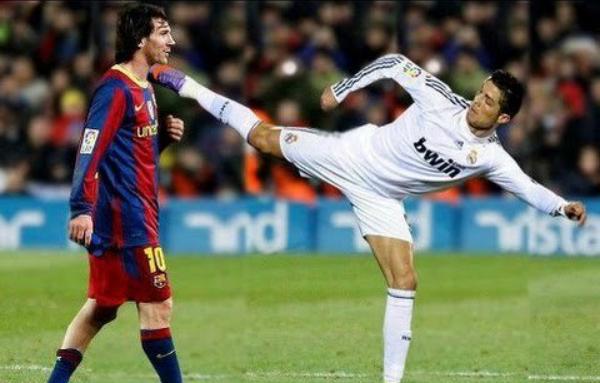 Ronaldo kicks Messi in the throat