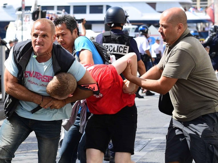 Russian and English hooligans clash at Euro 2016