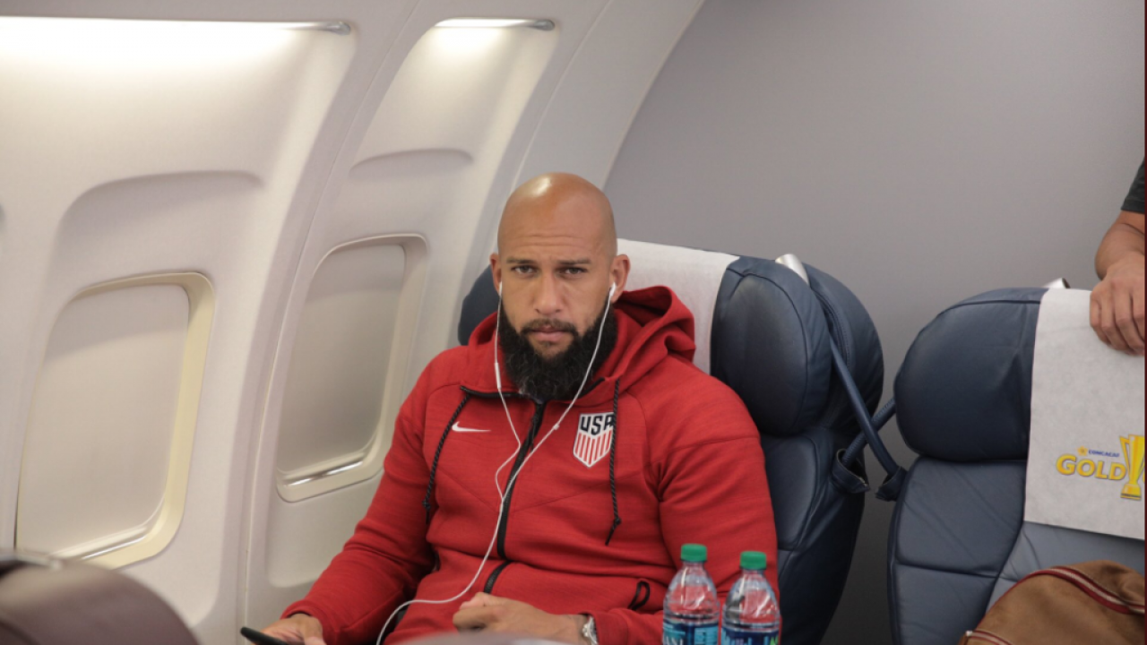 Tim Howard on USA Gold Cup Plane