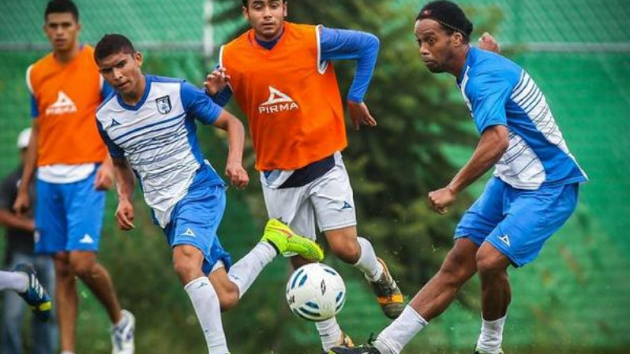 A Former Student Of Ronaldinho's With Queretaro, Orbelin Pineda Is Making  His Own Name
