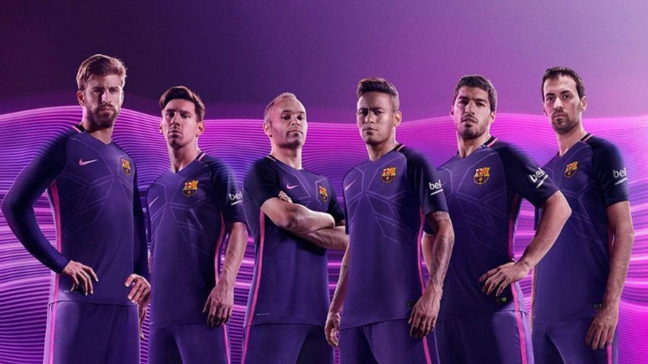 6b74cc0c9 Barcelona And Real Madrid's Away Kits Look Like Clones Of Each Other