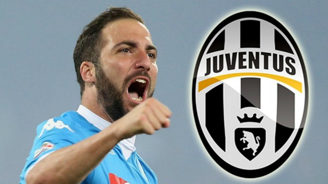 Gonzalo Higuain Signs For Juventus Be es Most Expensive Serie A
