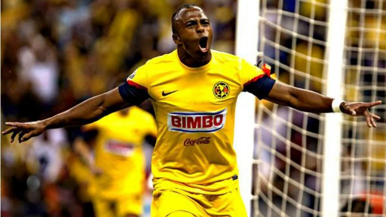 new product 37385 234f7 Let's All Take A Moment To Remember How Good Chucho Benitez Was