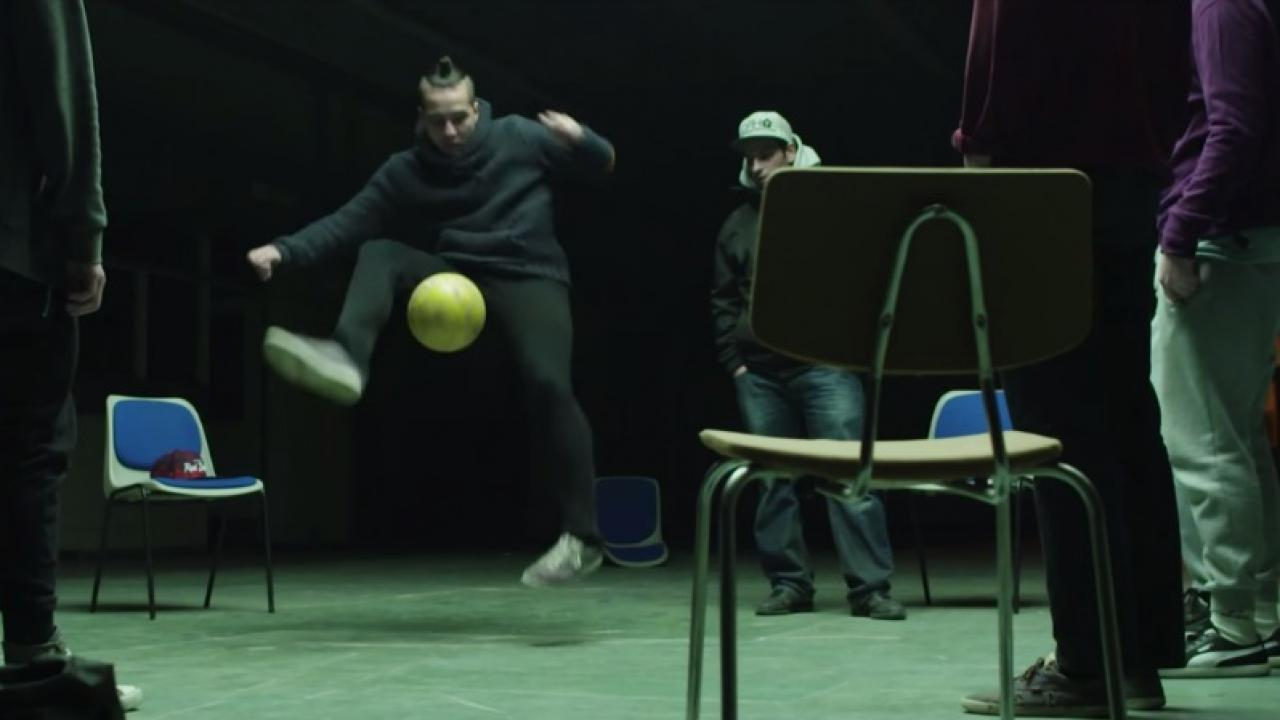 freestyle-addicts-action-kick-incredibly-coolest-soccer