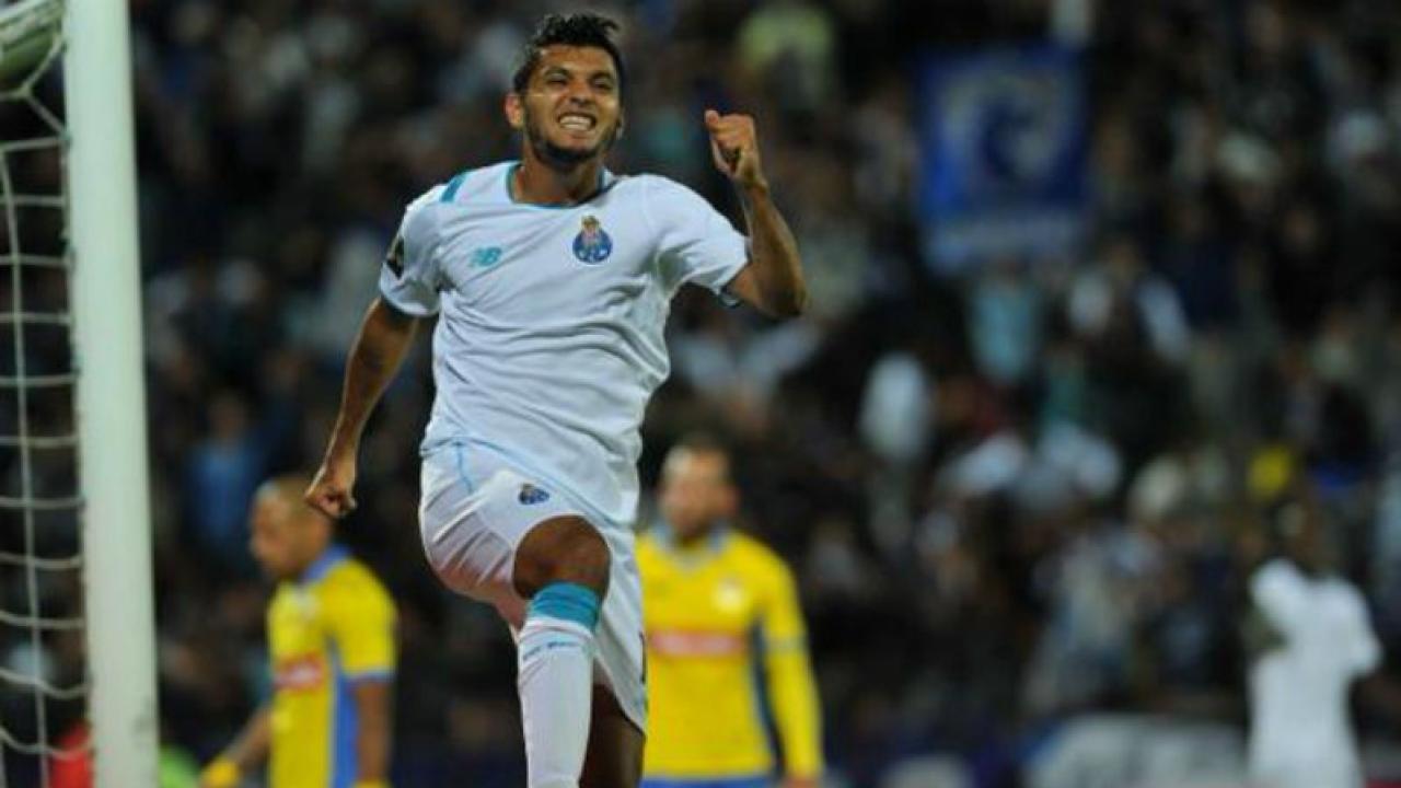 Tecatito Corona scores brace in his debut