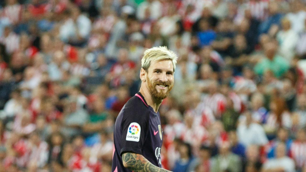 Lionel Messi with blonde hair