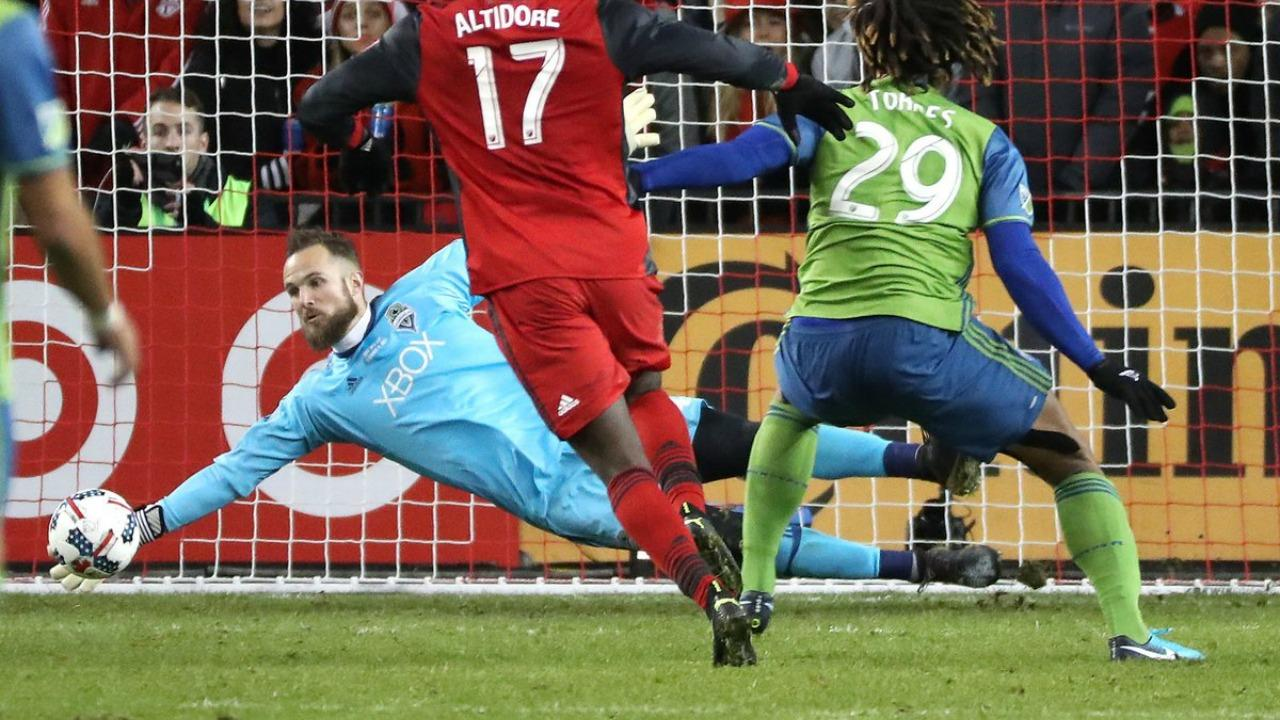 Stefan Frei MLS Cup save