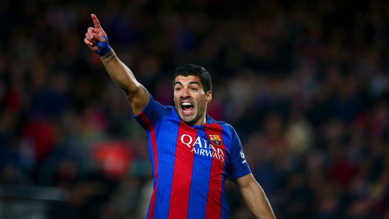 Luis Suarez Scored A Very Silly Goal To Give Barcelona Hope