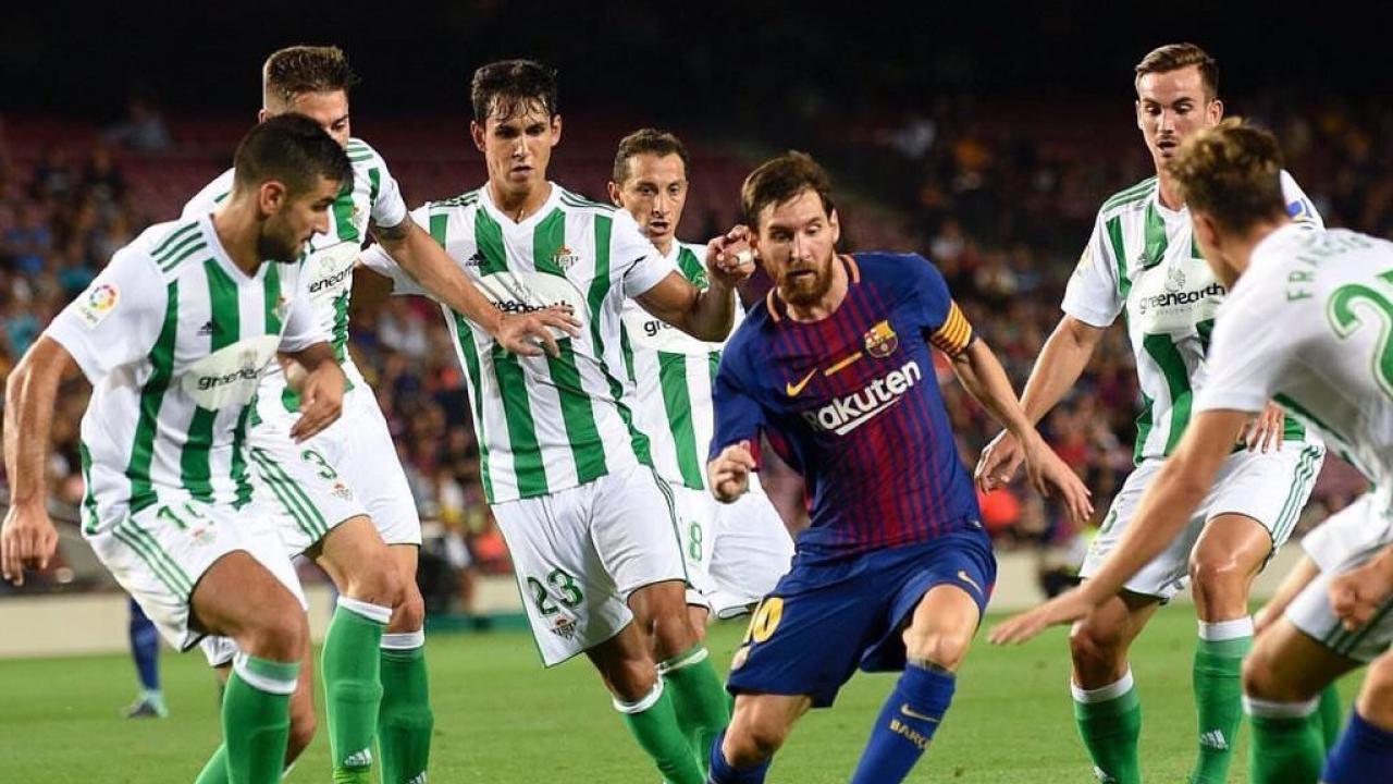 Man-marking Lionel Messi