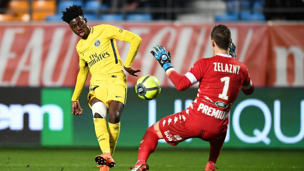 Timothy Weah PSG debut
