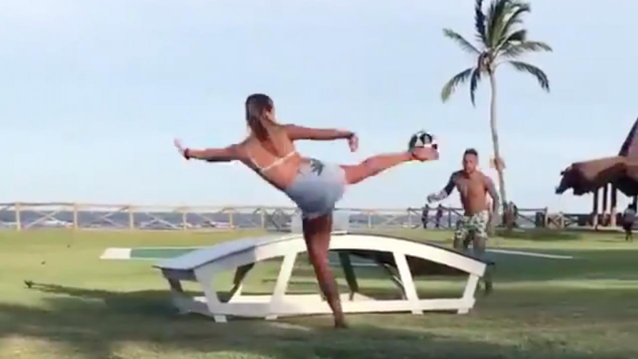 Neymar Teqball