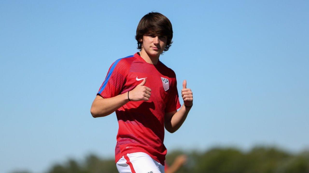 Taylor Booth Bayern Munich transfer