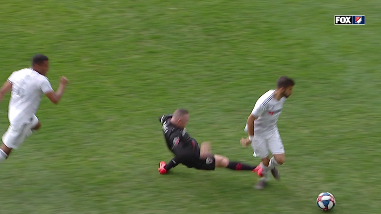 Rooney Red Card vs LAFC