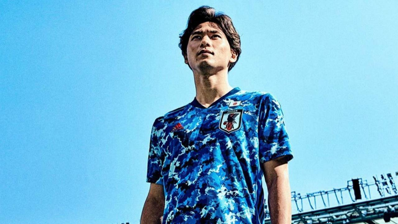 densidad Ajustamiento Ciudad Menda  The Japan Olympic Soccer Jersey For Tokyo 2020 Is Simply Stunning