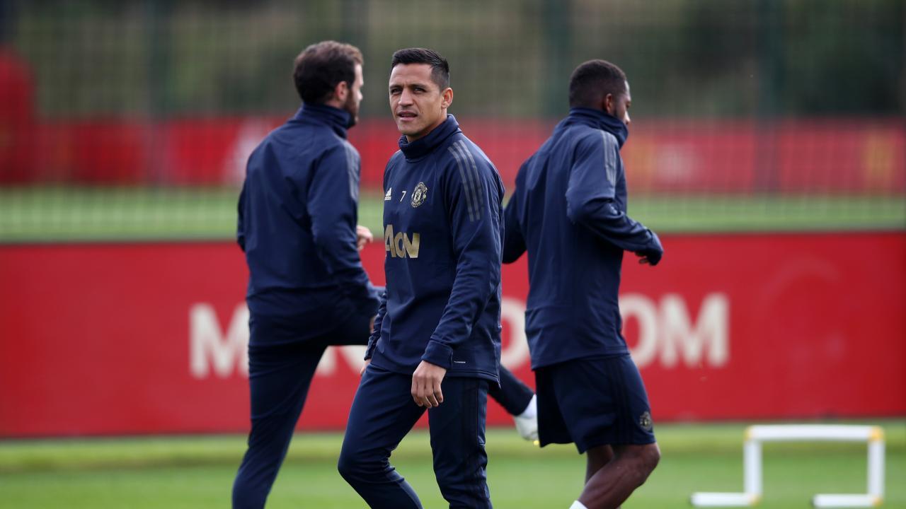 Alexis Sanchez Manchester United Training