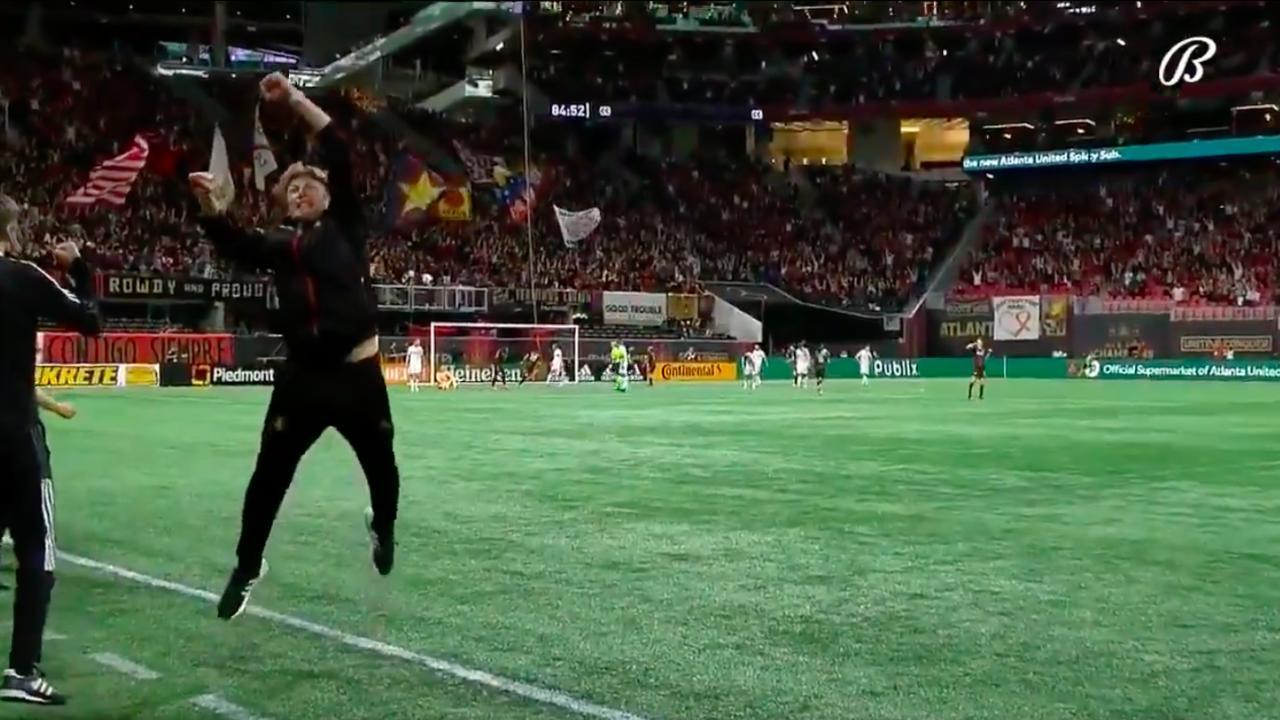 Ezequiel Barco goal vs Chicago