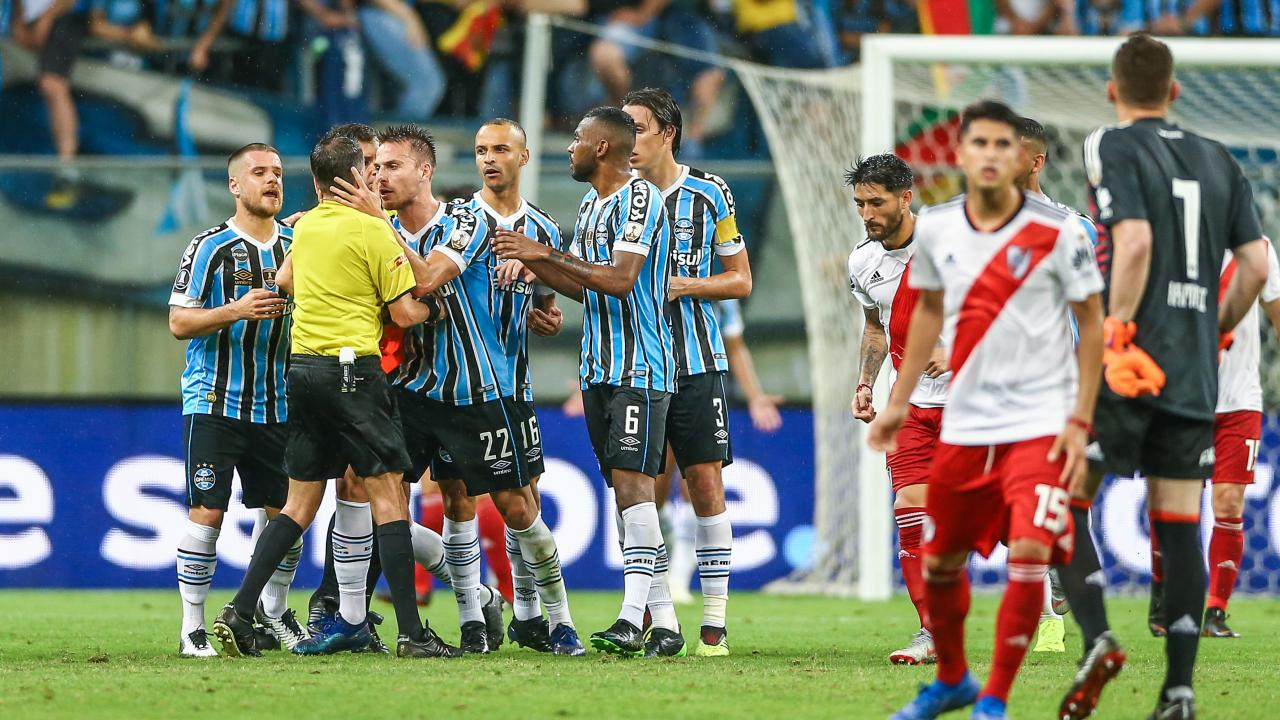 River Plate vs Gremio highlights