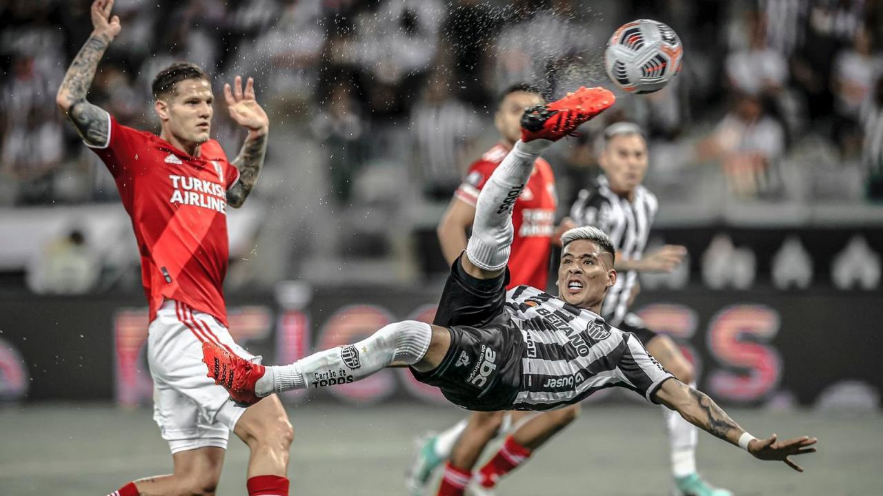 Zaracho Goal vs River Plate