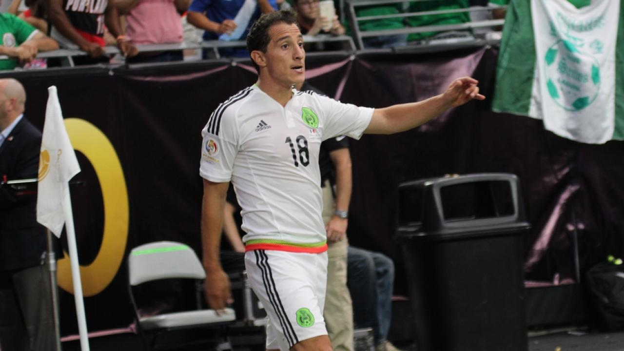 Andres Guardado on playing Lionel Messi