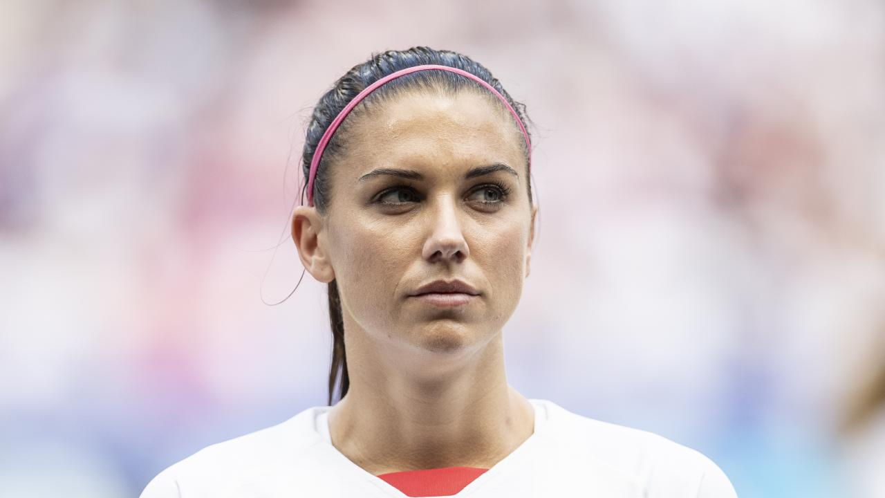 Alex Morgan Signs With Tottenham
