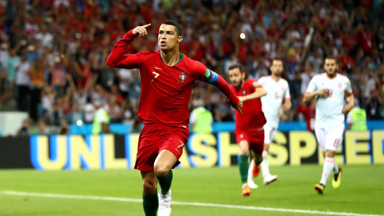 Cristiano Ronaldo wins player of century