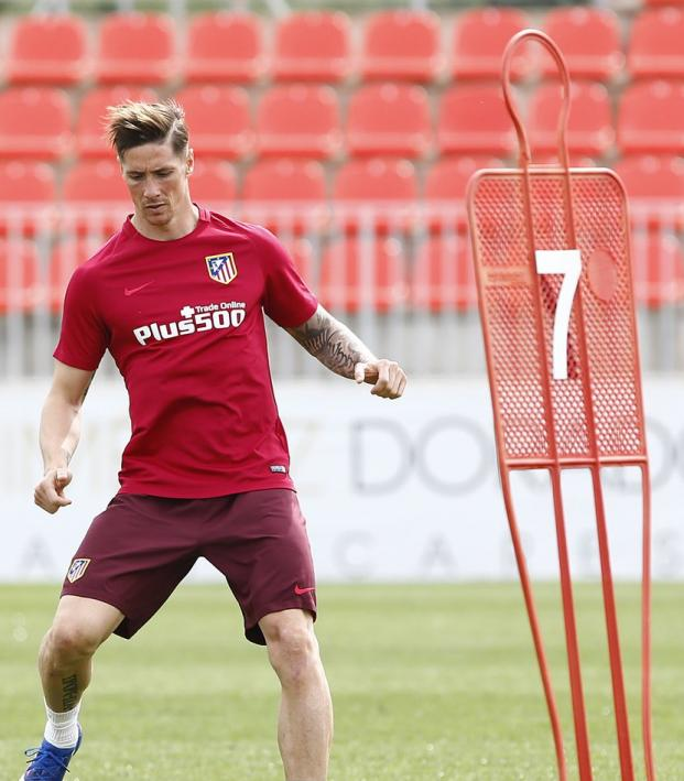 Fernando Torres Back In Training