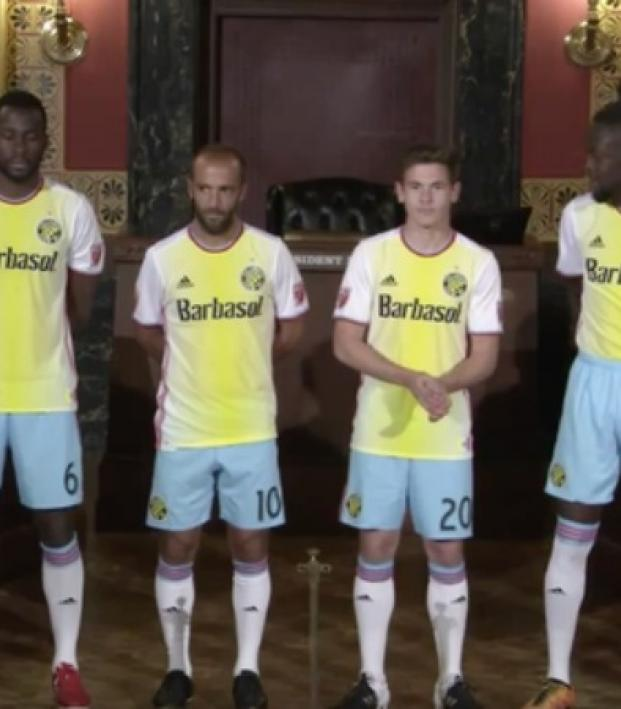96a9a6f2066 Twitter Blasted Their New Kits. Watch Their Players Read The Meanest ...