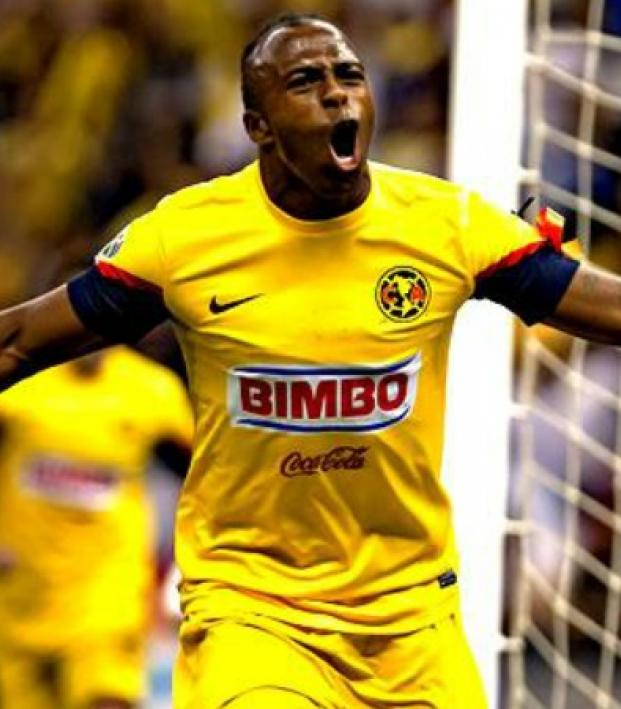 new product e405b 745c8 Let's All Take A Moment To Remember How Good Chucho Benitez Was