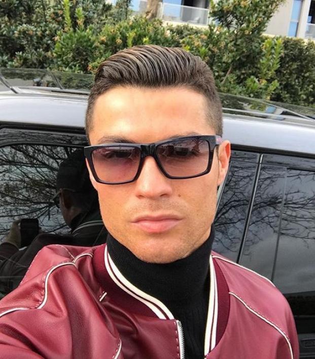 3aa8a68c057 Cristiano Ronaldo Sunglasses – Idées d images à la joueur