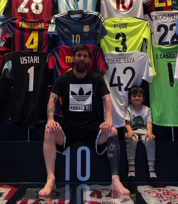 e64925008 Messi Has A Very Impressive Collection Of Jerseys
