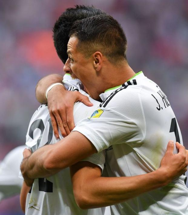 Javier Hernandez and Hirving Lozano