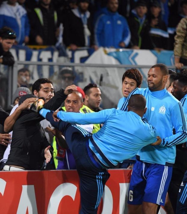 Patrice Evra kicks fan