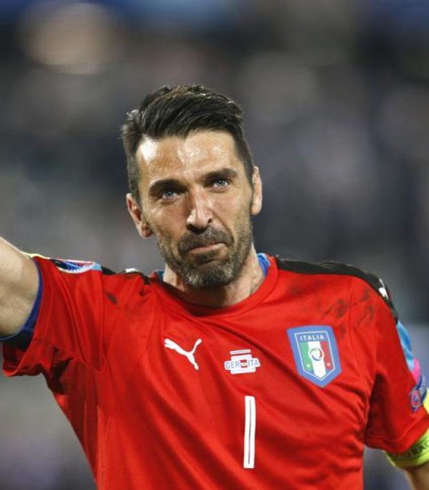 Buffon vs Sweden