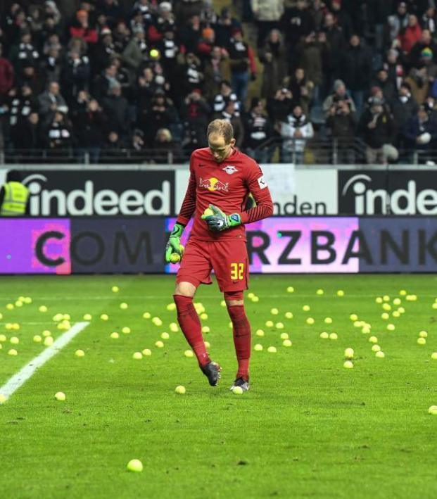 Eintracht Frankfurt tennis balls