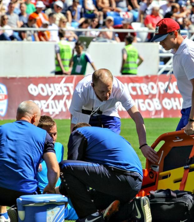 Preventing soccer knee injuries