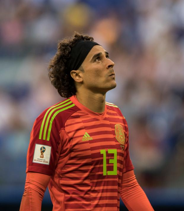 2738495f0 Guillermo Ochoa Transfer Rumors Feature Napoli And Boca Juniors
