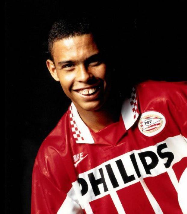 Ronaldo Nazario Highlights