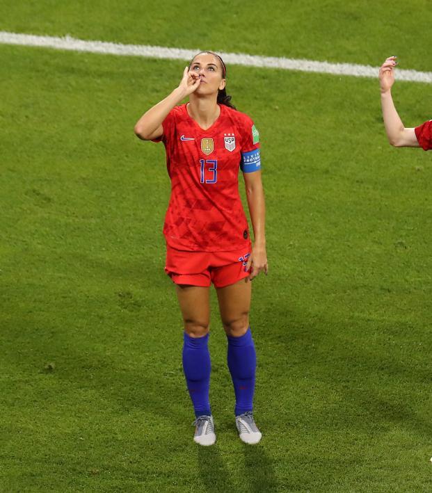 Alex Morgan Goal vs England