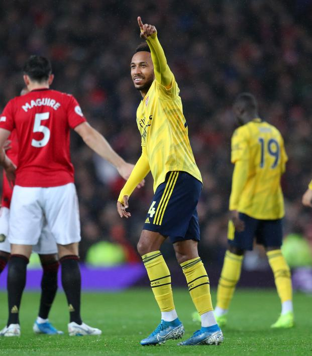 Auba Goal vs Man Utd