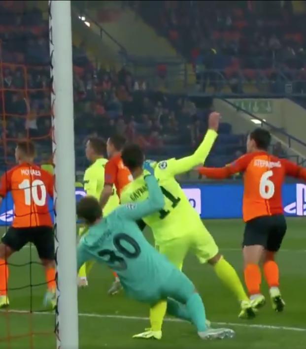 Dinamo Penalty vs Shakhtar