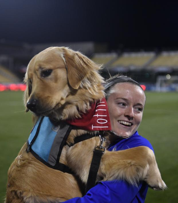 USWNT meets dogs