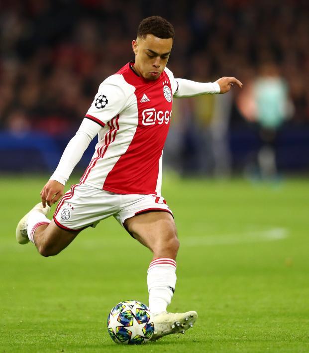 Sergiño Dest Ajax Award